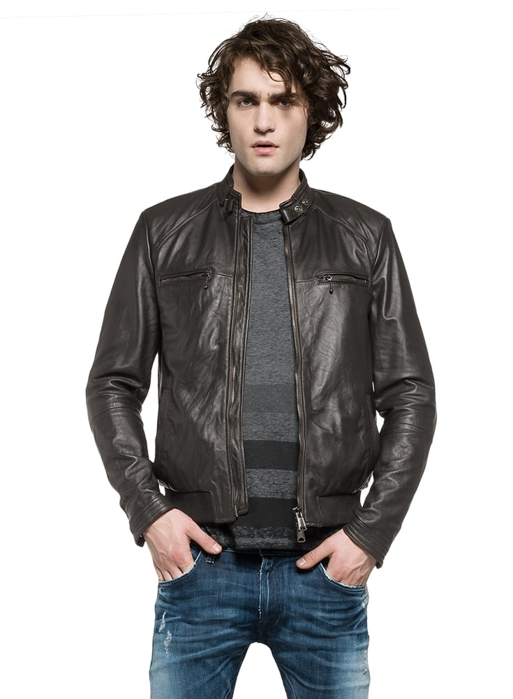 About Men's Leather Jackets. Overland Sheepskin Co. is the most trusted source of quality men's leather jackets. Our men's leather coats and lambskin leather jackets are meticulously constructed of impeccably fine leather for long-lasting warmth, comfort, and style.
